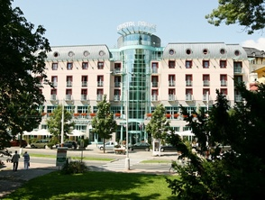 Spa & wellness hotel CRISTAL PALACE